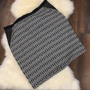 Rafaella Pencil Skirt Geometric Black & White 2X